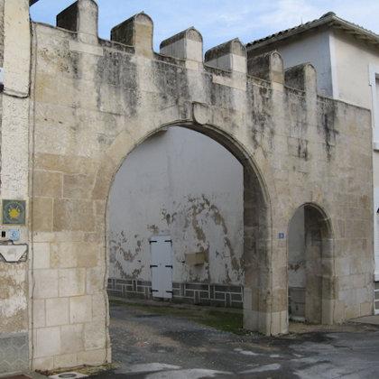 Porte St Jacques- Brioux